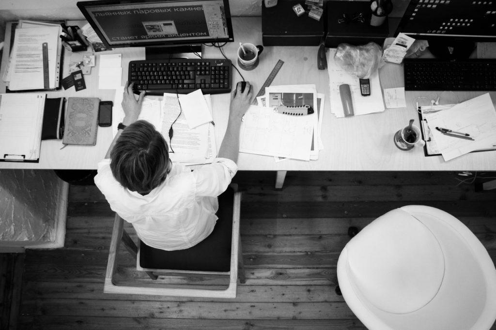 la surcharge de travail peut être un facteur d'absentéisme
